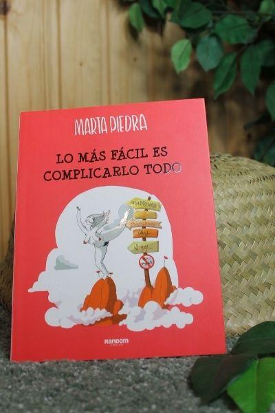 Aportación de Marta Piedra a la cesta de Navidad de Somos Peculiares